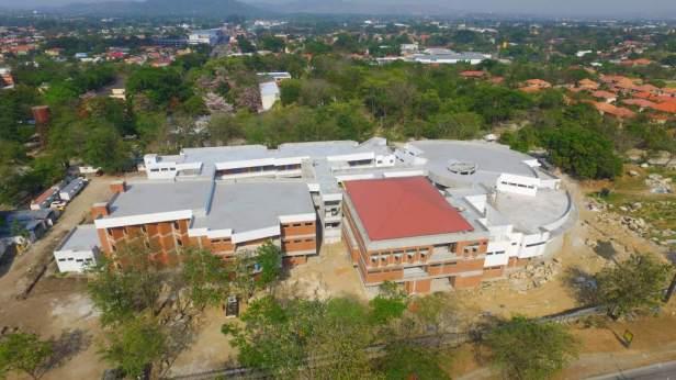Edificio EUCS UNAH-VS